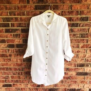 { CHARLOTTE RUSSE } NWT Hi Lo White Tunic Top